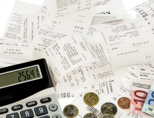 End the Clutter: The Best Way to Keep Track of and Manage Your Receipts